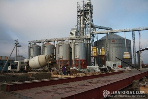 Проект «АгроЕкспедиція. Елеватори 2014» побував на елеваторі АПГ «Пан Курчак»
